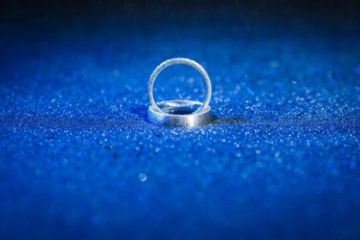 ceho-fuer-Tania-Flores-Photography-Hochzeitsfotografie-Ringe-3
